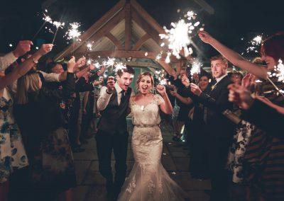wedding bride and groom sparkler